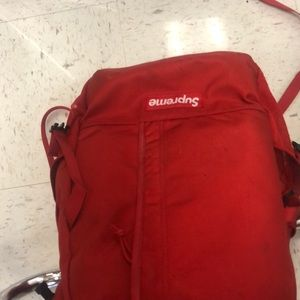 Red supreme ss/18 backpack